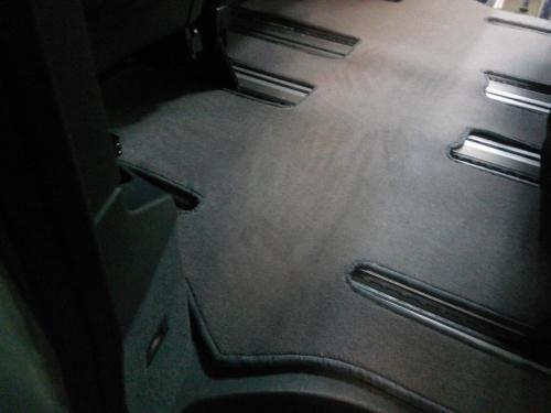 Пошив ковров для MB Viano
