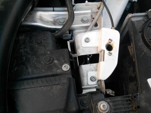 Установка замка на Капот BMW X6
