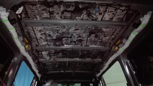 Шумоизоляция потолка VW T6